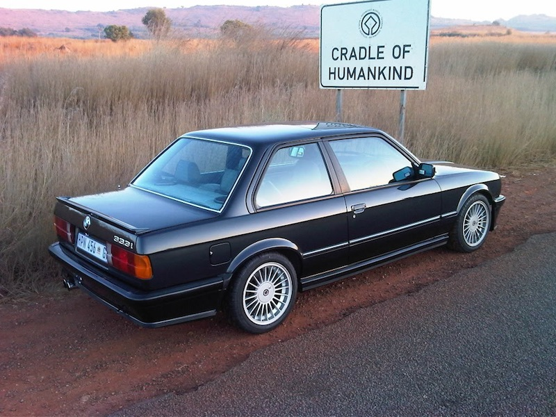 BMW 340 i E30 10