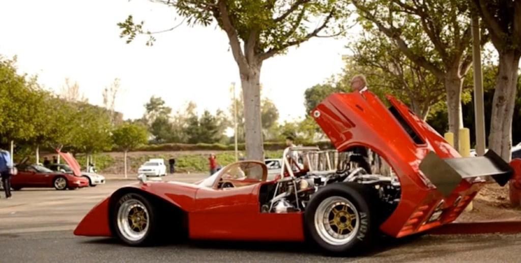 Car and Coffee Irvine barquette