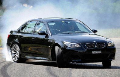 180_DLEDMV_BMW_M5_30ans_
