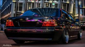 DLEDMV_BMW_740_E38_Black_beauty