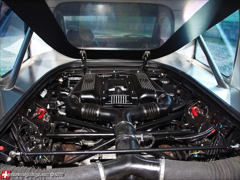 DLEDMV_2CV_Ferrari_Nimik_engine