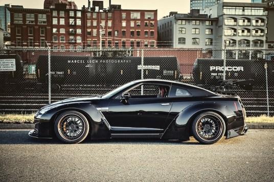 DLEDMV_Liberty_Walk_Nissan_GTR_Black_40