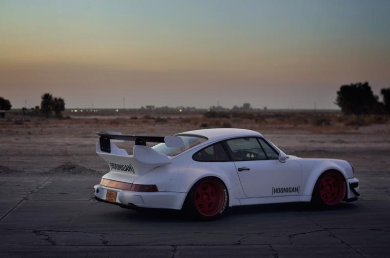 DLEDMV_Porsche_964_RWB_Donut_004