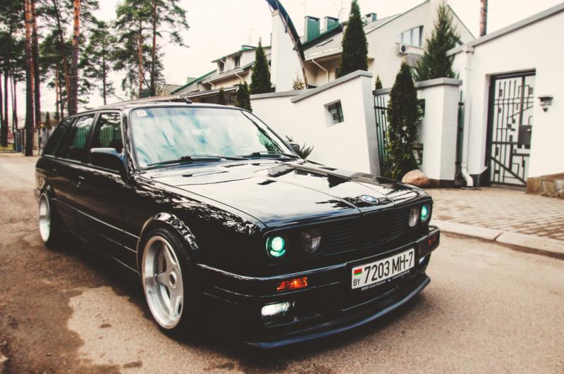 DLEDMV_BMW_E30_Touring_Swap_V8_006