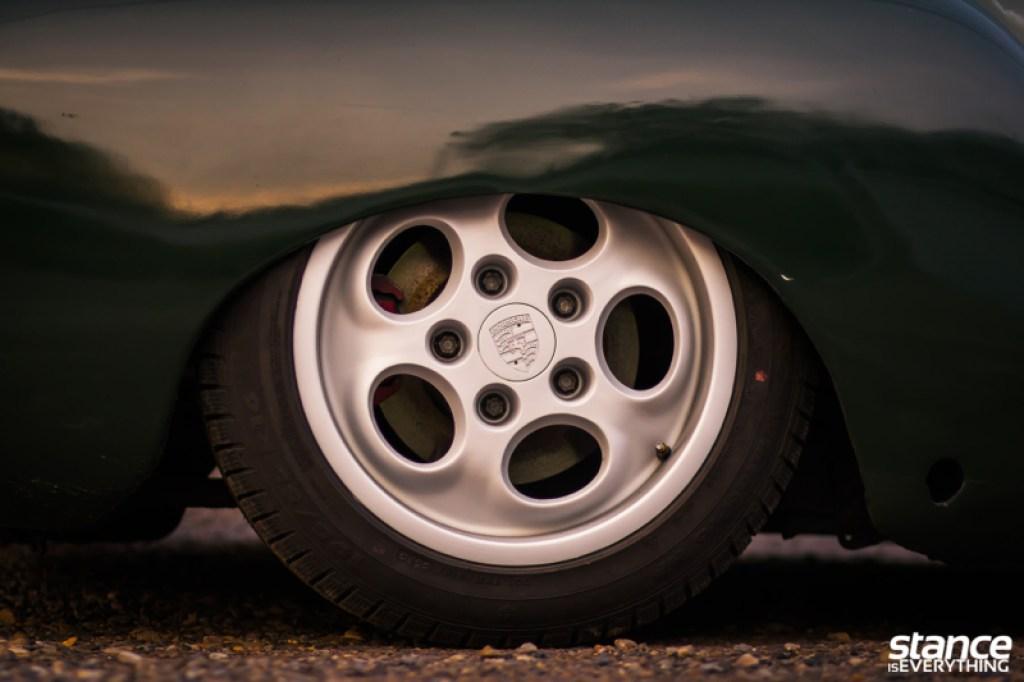 DLEDMV_VW_Karmann_Ghia_DUB_013