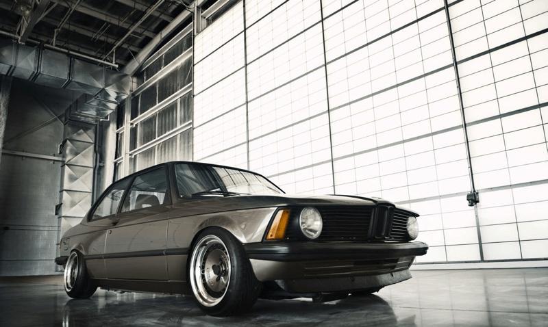 DLEDMV_BMW_E21_ChocolateChip_Machete_007
