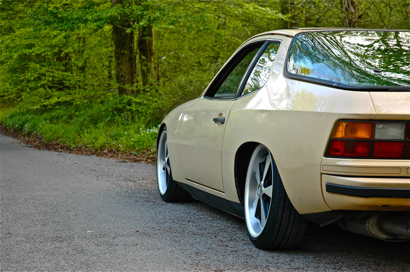 DLEDMV_Porsche_924_Low&Slow_07