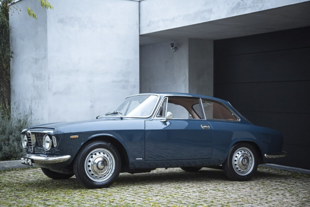 DLEDMV Alfa Giulia Sprint GT Childhood Memories05