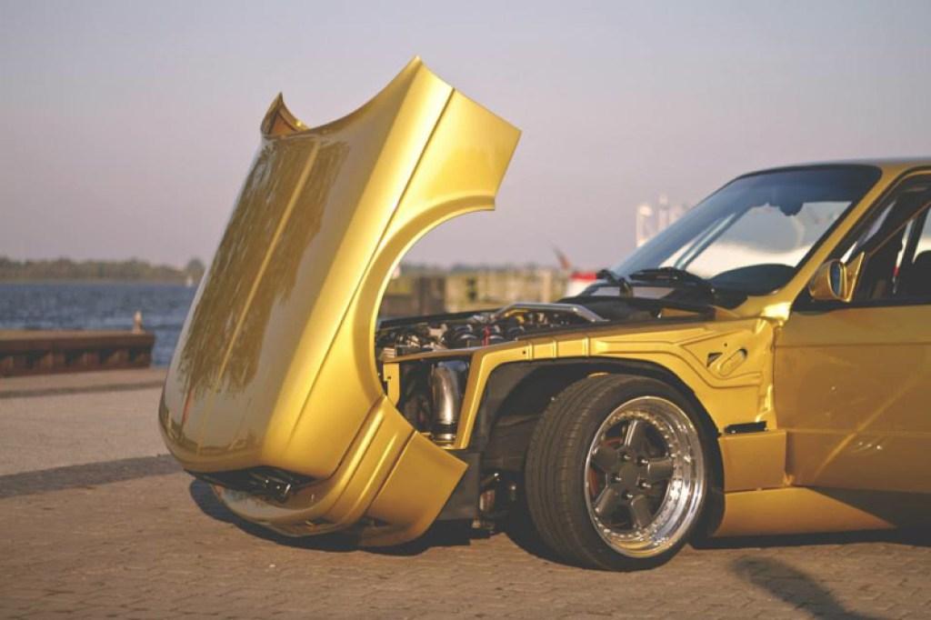 DLEDMV BMW 320i E30 Millenium Stance02