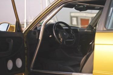 DLEDMV BMW 320i E30 Millenium Stance11