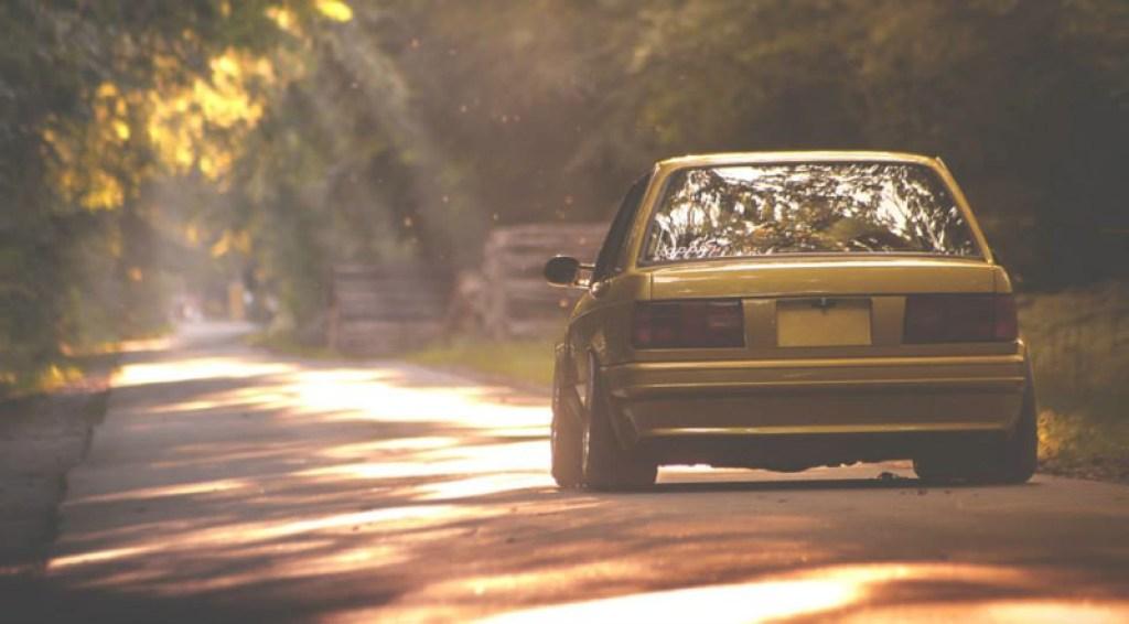 DLEDMV BMW 320i E30 Millenium Stance13
