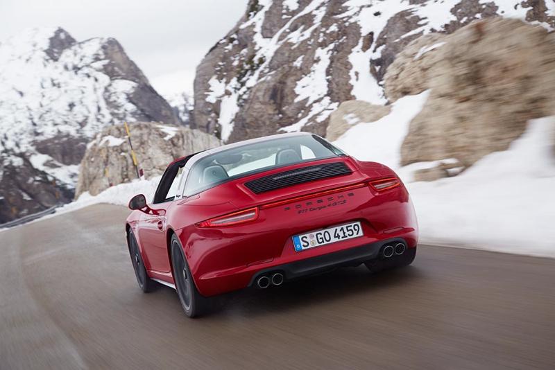 DLEDMV Porsche 911 Targa 4 GTS Detroit 003