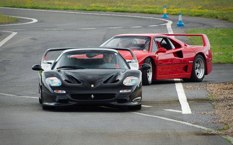 DLEDMV Ferrari F50 engine sound in NYC 03