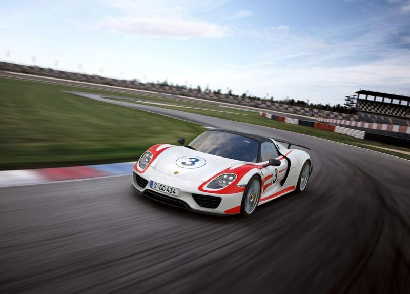 DLEDMV Porsche 918 Phillip Island 03