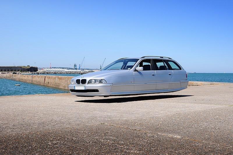DLEDMV - flying wheelless cars 01