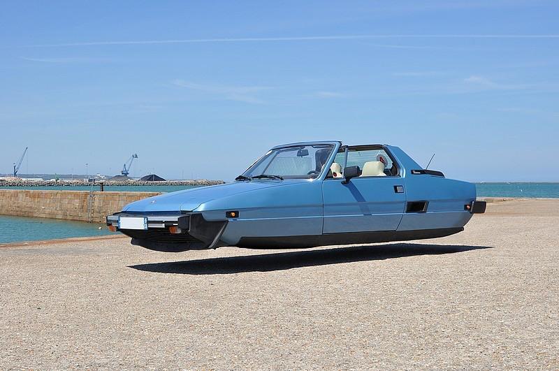 DLEDMV - flying wheelless cars 04