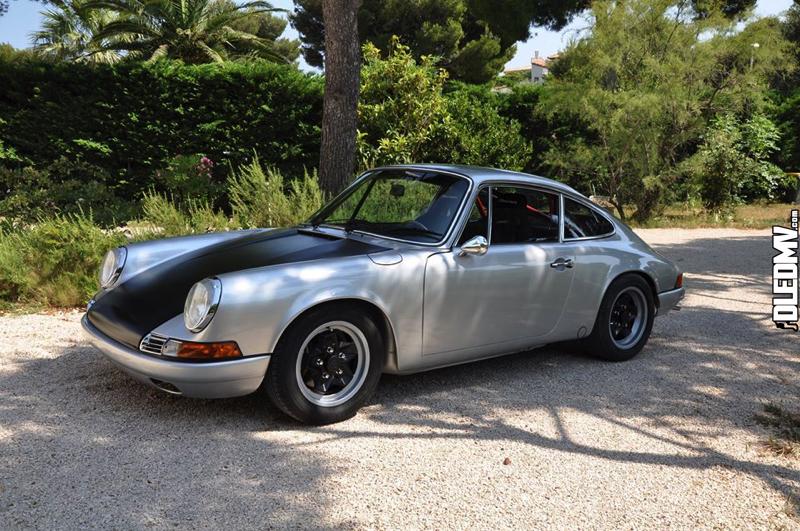 DLEDMV - Porsche 911 Damine Restomod -12