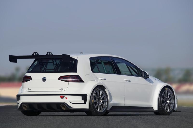 DLEDMV - VW Golf R TRC -02