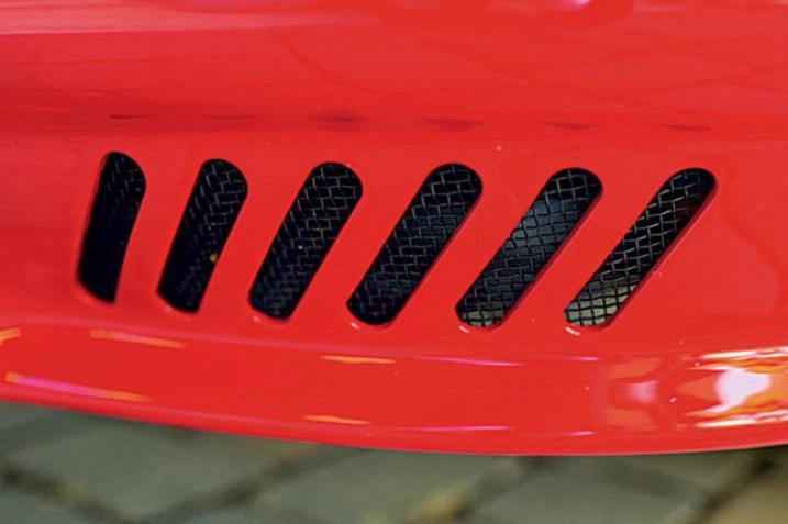 DLEDMV - Porsche 911 R-Gruppe Red - 09