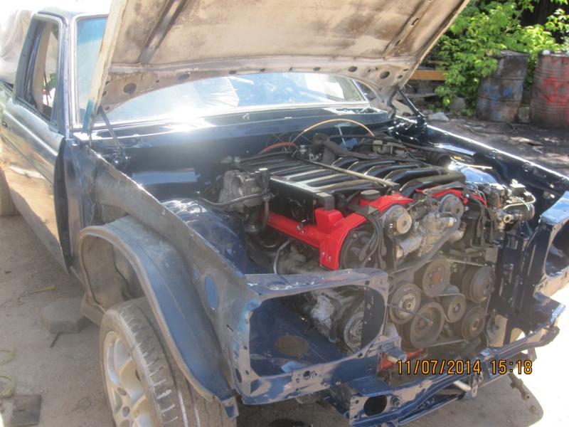 DLEDMV - Mercedes W123 Wagon swap V12 Pagani - 03