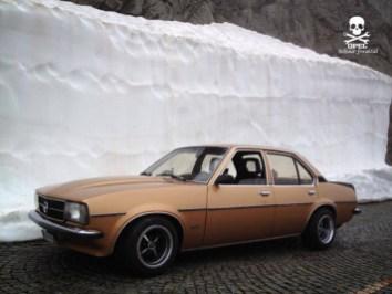 DLEDMV - Opel Ascona B Total Resto - 01