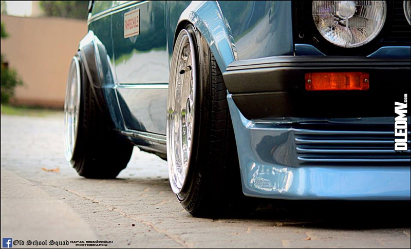 DLEDMV - VW Golf 1 blue full BBS - 001