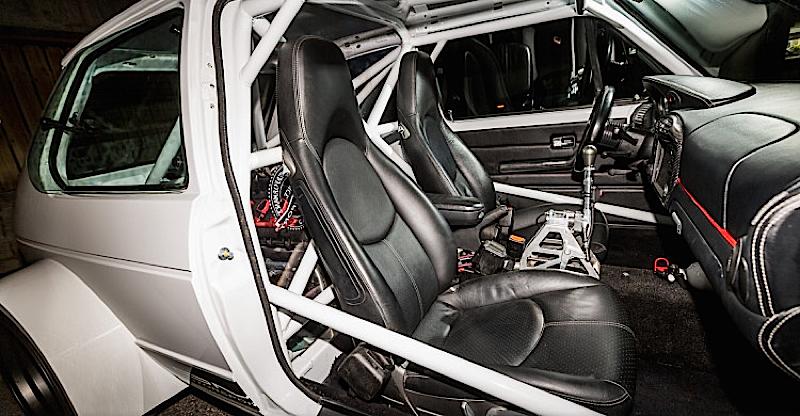 DLEDMV - VW Rabbit V8 S4 - 01
