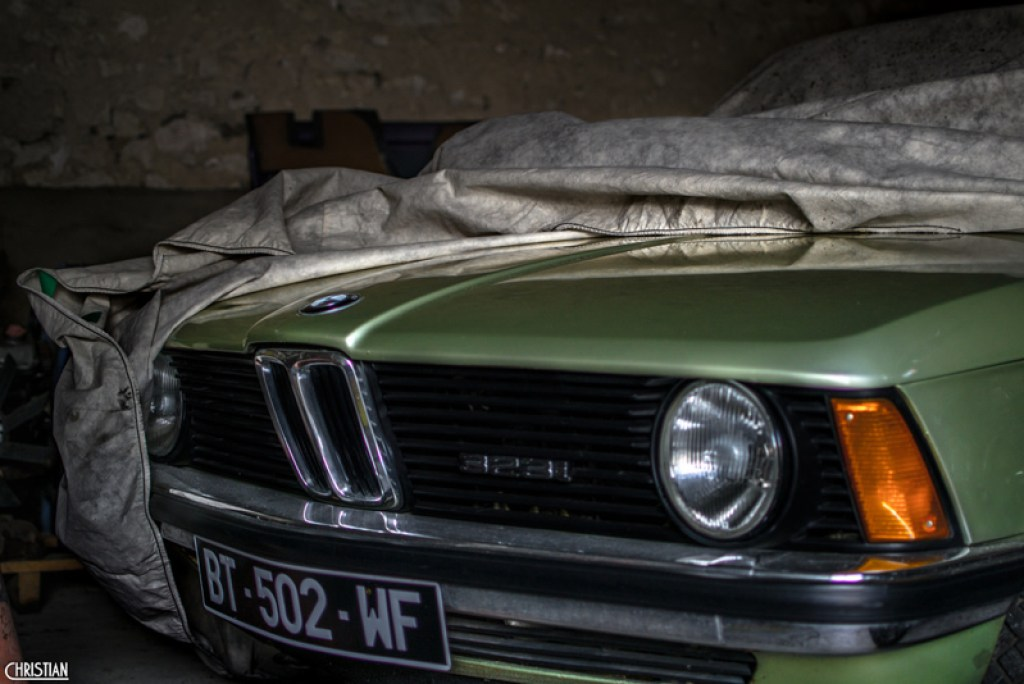 DLEDMV - BMW 316 E30 DYD - 01