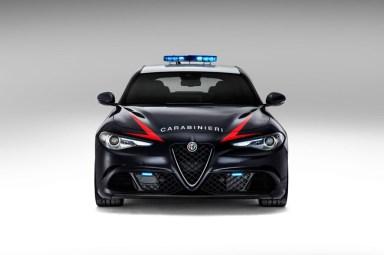DLEDMV - Alfa Giulia QV & Carabinieri - 04