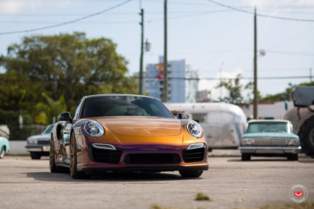 DLEDMV - Porsche 911 Turbo S Vossen cameleon  - 13