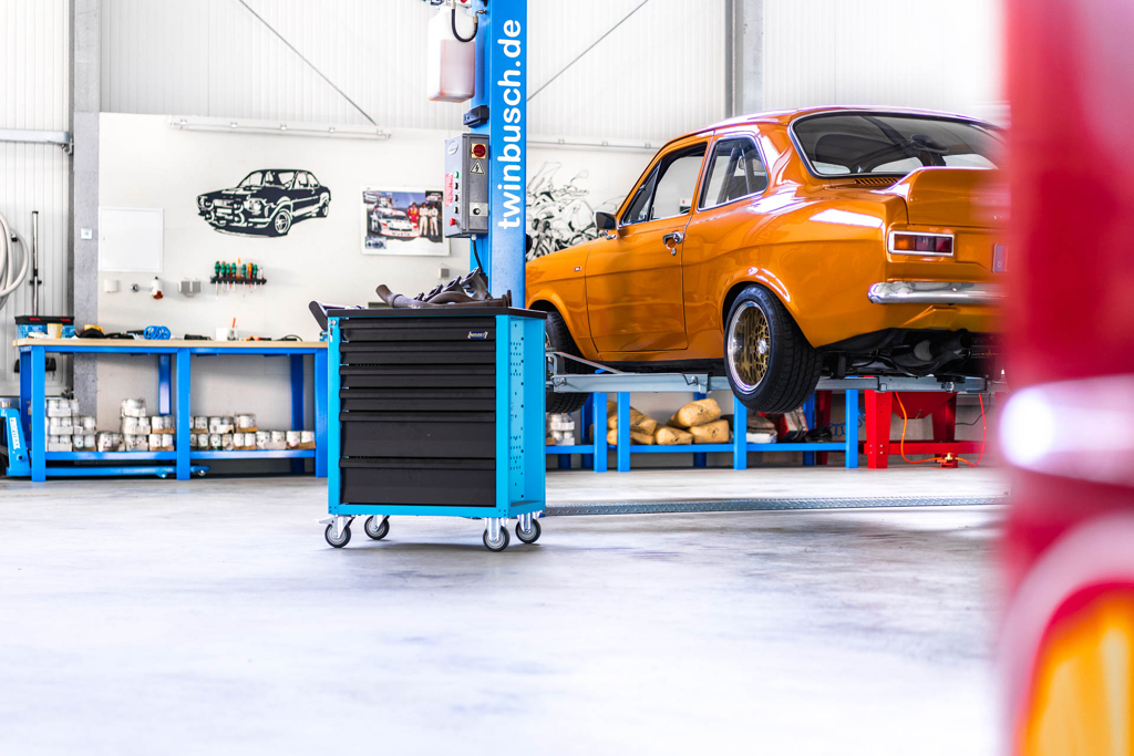 DLEDMV - Ford Escort RS2000 MK1 Restomod -02