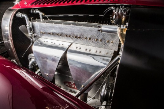 dledmv-bugatti-46s-cabriolet-01