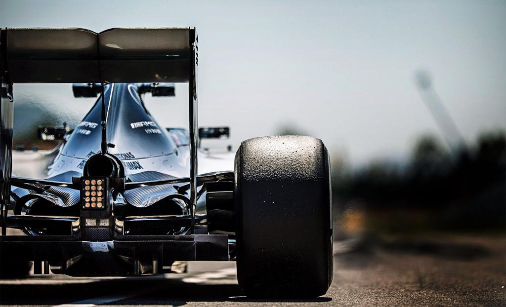 Des moteurs de F1 sur la route... Quand les ingénieurs se lâchent ! 12