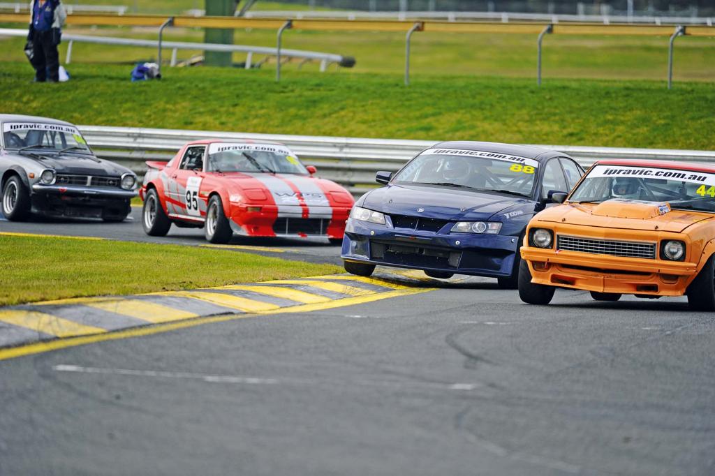 Australian Improved Production - Quand une Civic ridiculise les V8 ! 17