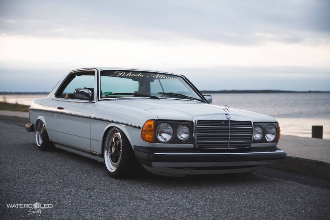 Mercedes 280 CE bagged... My classic is fantastic ! 35