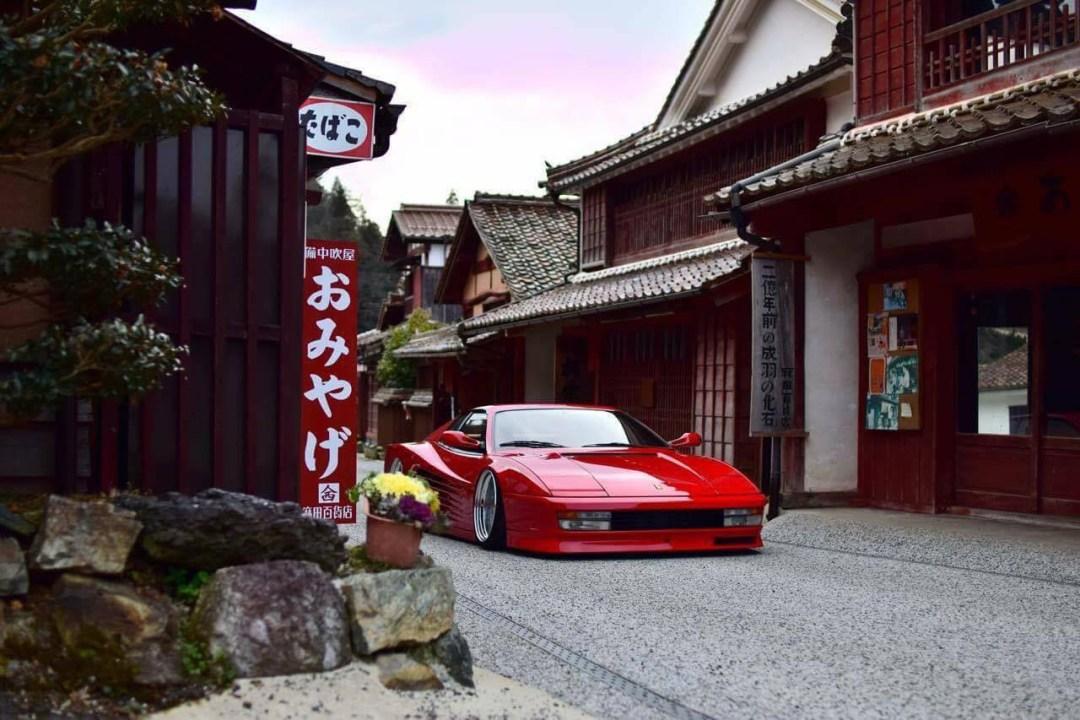 Ferrari Testarossa... Aïe, ça va encore piquer ! 38