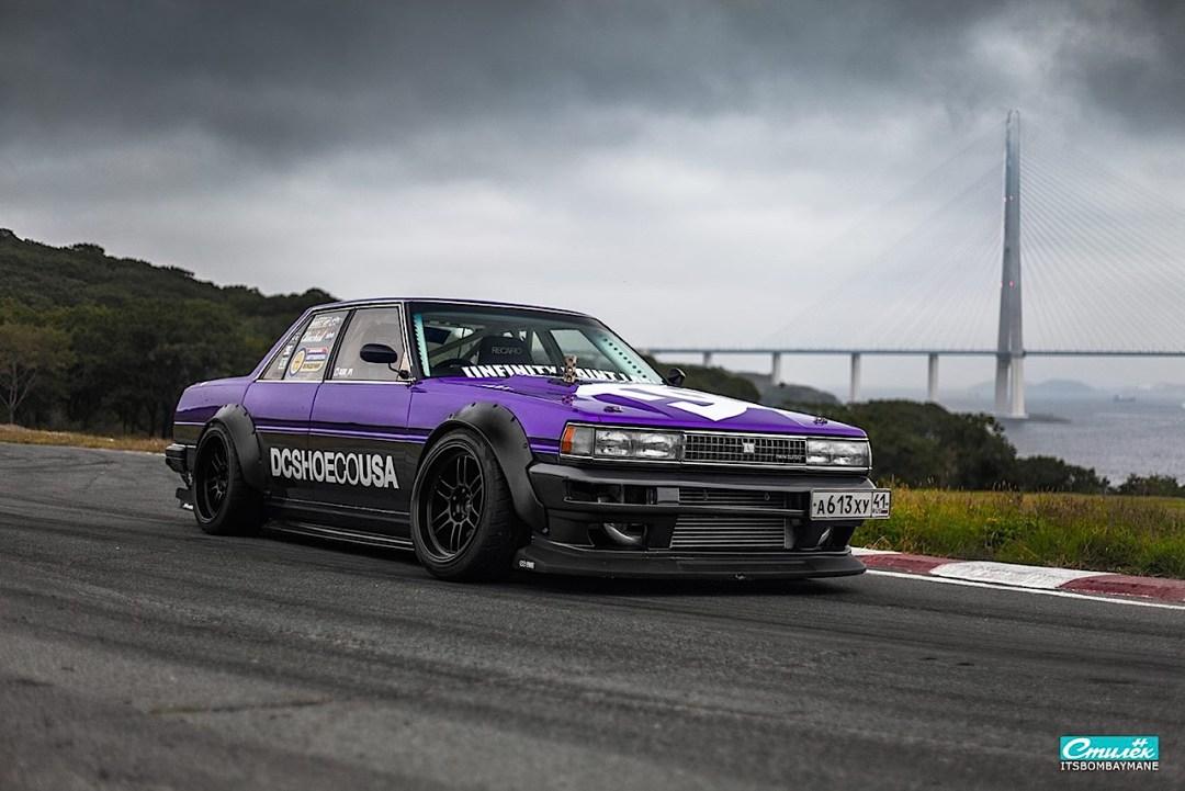 "Toyota Cresta swap 2JZ... ""Purple Rocket"" 30"