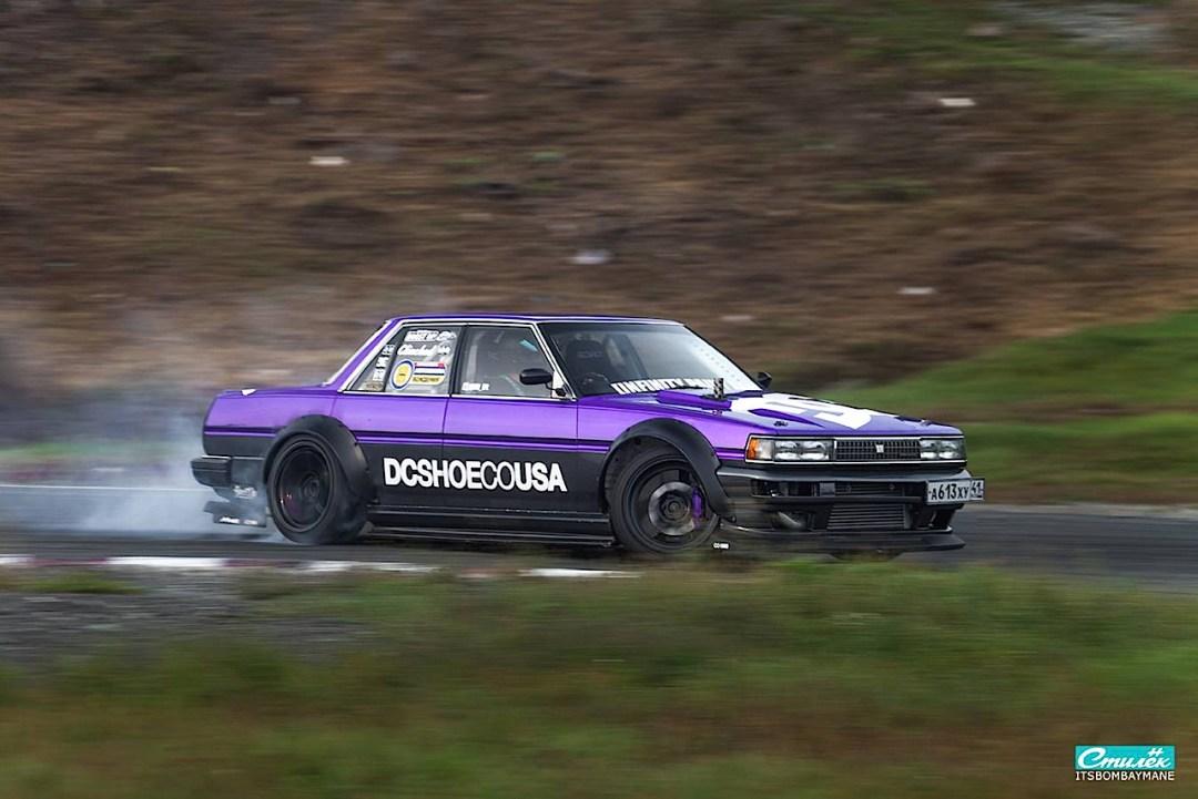 "Toyota Cresta swap 2JZ... ""Purple Rocket"" 24"