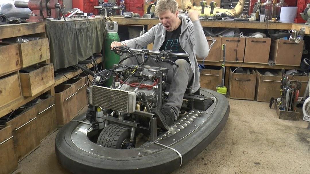 L'auto-tamponneuse la plus rapide du monde ! 17
