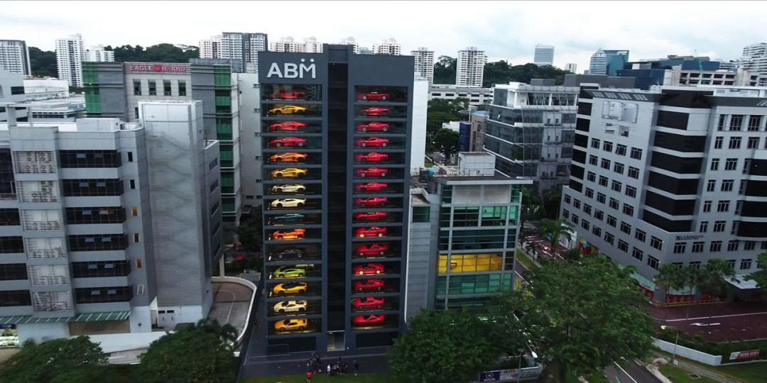Autobahn Motors : Un distributeur de supercars au coeur de Singapour ! 14