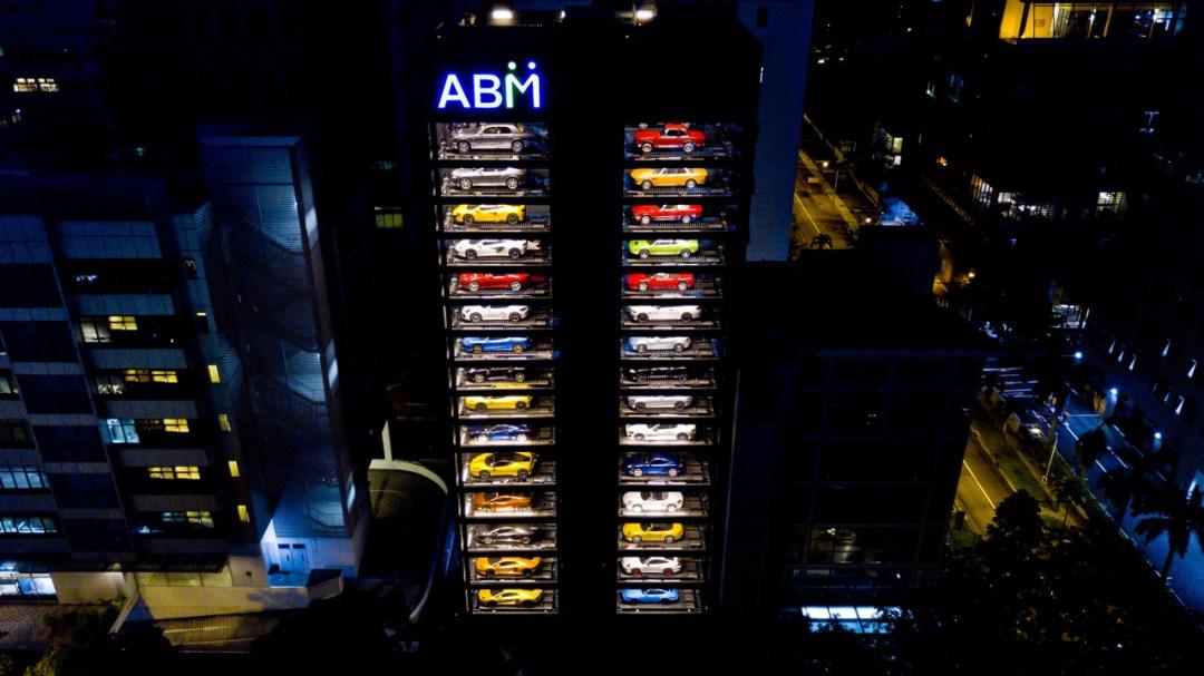 Autobahn Motors : Un distributeur de supercars au coeur de Singapour ! 16