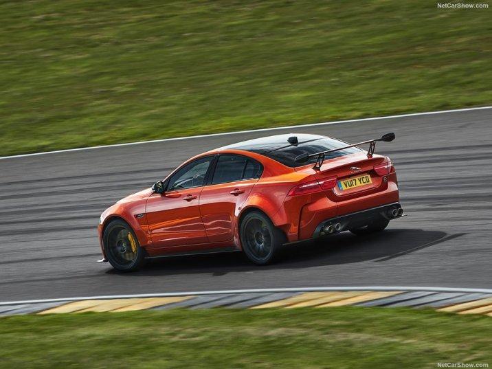 DLEDMV Jaguar XE SV projet 8 07