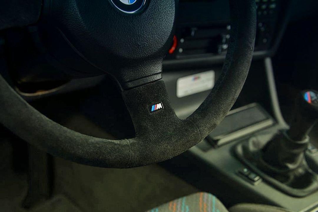 BMW M3 E30 Sport Evo... Bouquet final ! 40