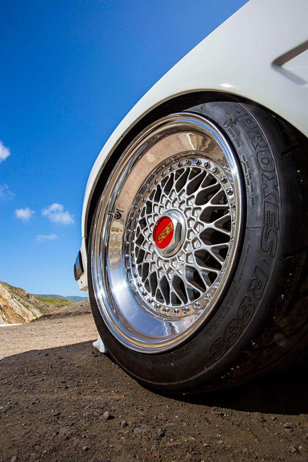 BMW E30 325is en Rocket Bunny... Musclé le lapin ! 21