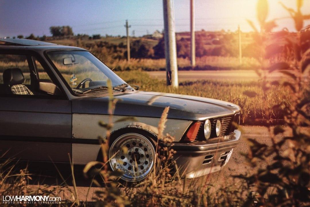 BMW E21 - Dirty Stance ! 7