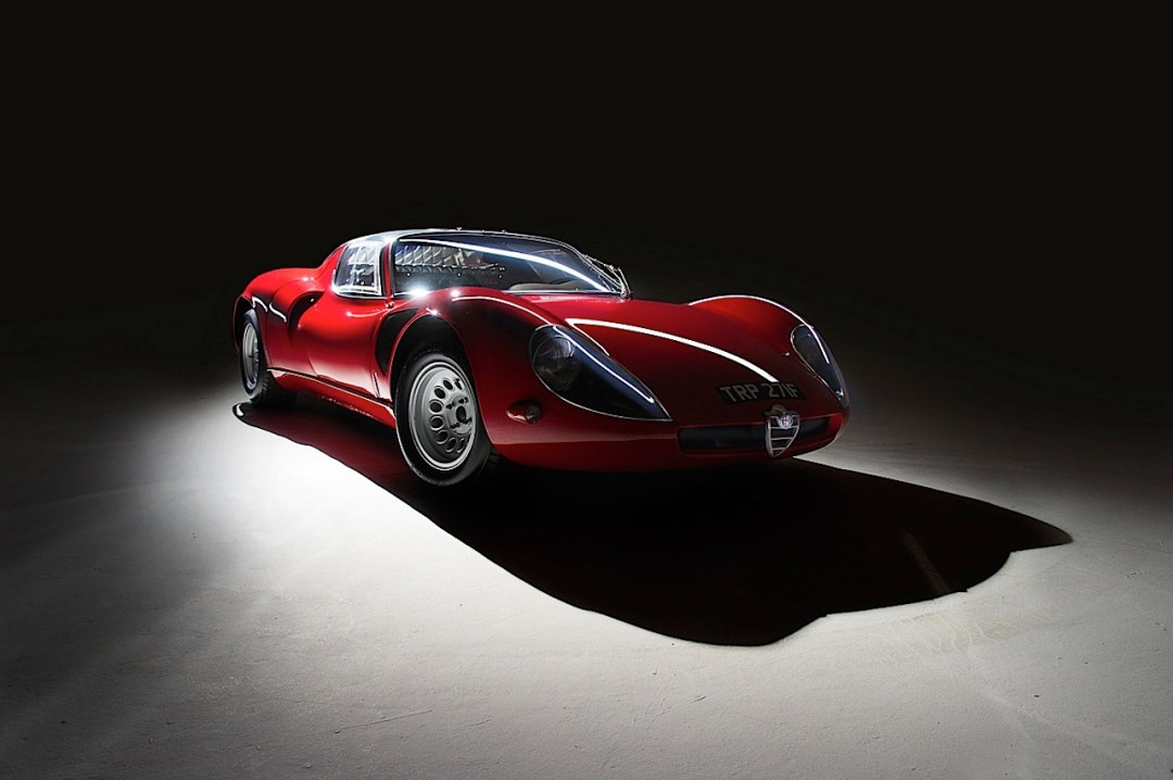 Alfa Romeo T33 Stradale... Oeuvre d'art sur roues ! 53