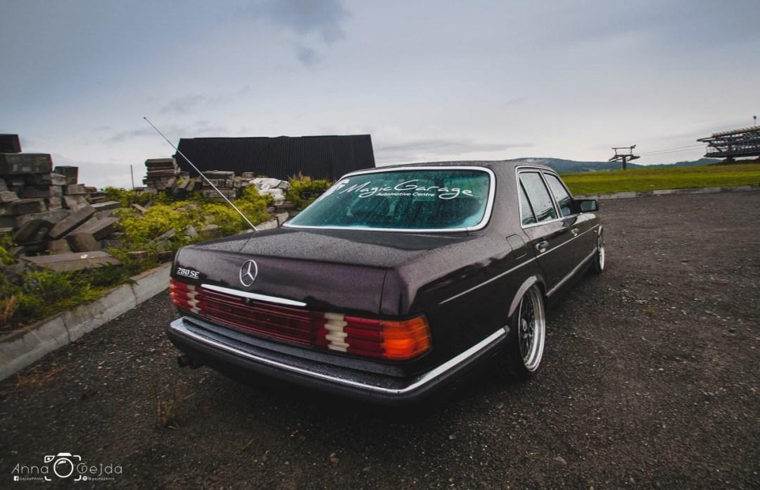 Bagged Mercedes 280 SE W126 par Magic Garage 26