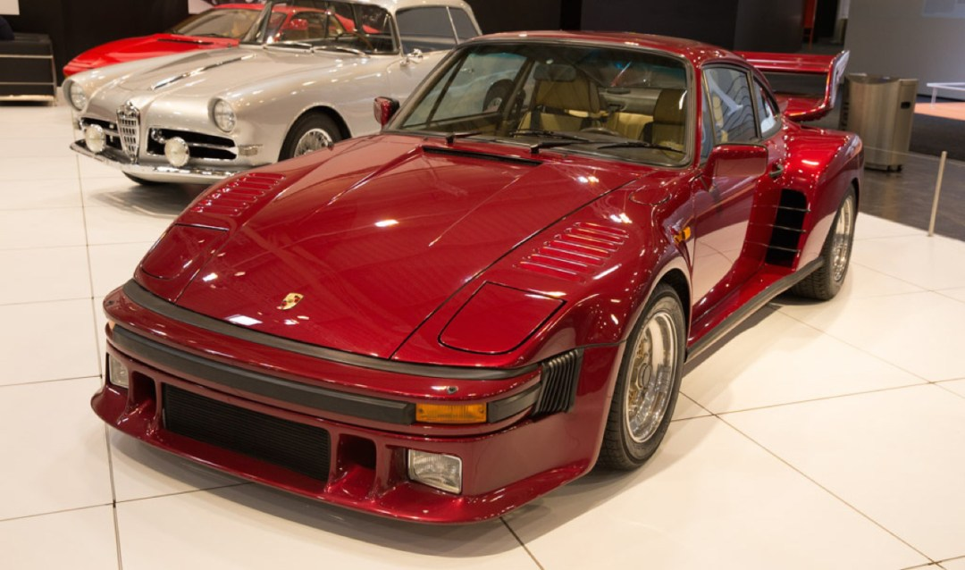 La Porsche 935 Street legal de Mansour Ojjeh : No pain, no gain ! 43