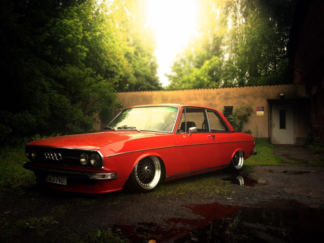 Slammed Audi 100 C1 Coupé - Survivor ! 49