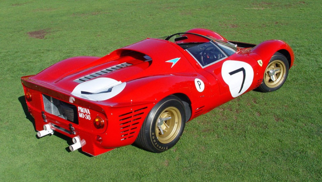 Ferrari 330 P4 - Un top model dans la course ! 33